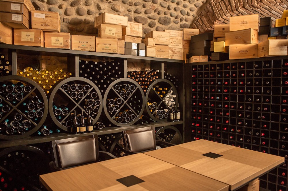 Wine collection_cantina_2.jpg